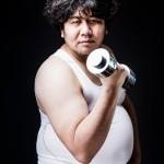 運動する太った男